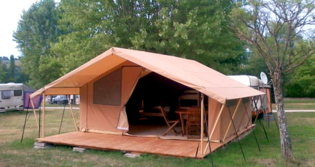 Lodge Tent 4 or 5 People